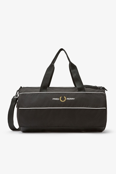 """Fred Perry Tasche """"Graphic Panel Barrel Bag"""""""